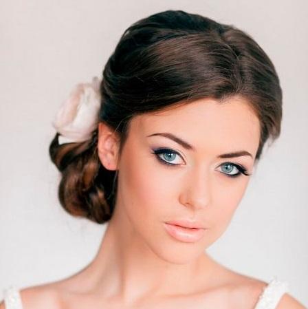 Як зробити красиву зачіску: ідеї для зачісок на довге волосся