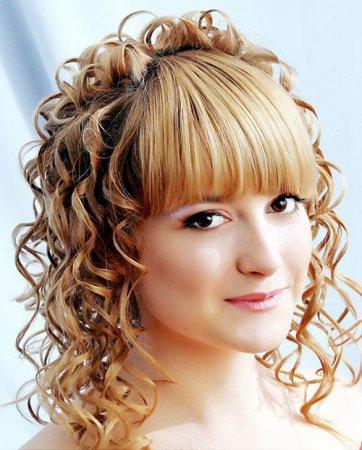 Як зробити красиві зачіски на середні волосся своїми руками