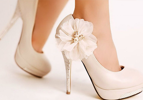 Вибираємо весільні туфлі