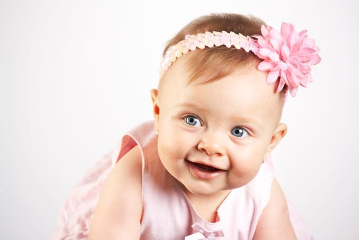 Розвиток дитини в перші шість місяців життя