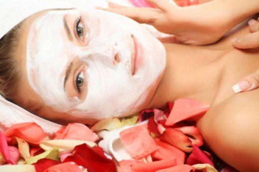 Секрети краси: як правильно доглядати за обличчям