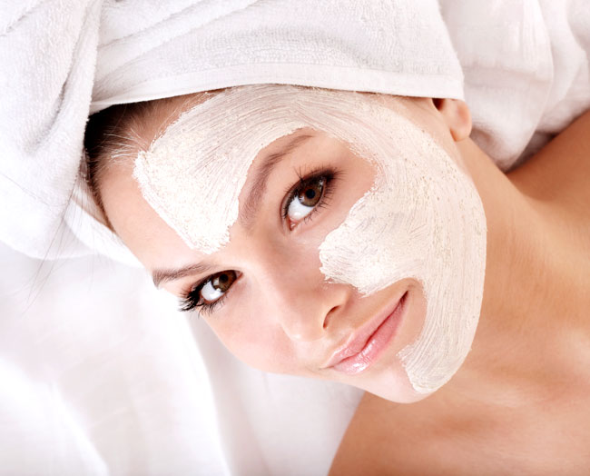 Рецепти краси: маски для обличчя з меду