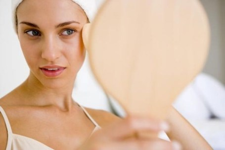 Правила догляду за жирною шкірою обличчя
