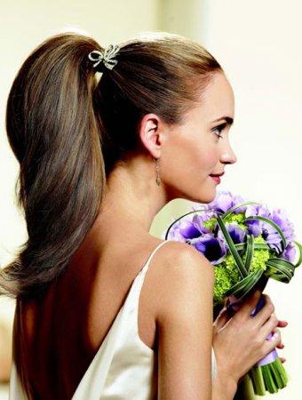 Як зробити зачіску хвіст: поради на всі випадки життя