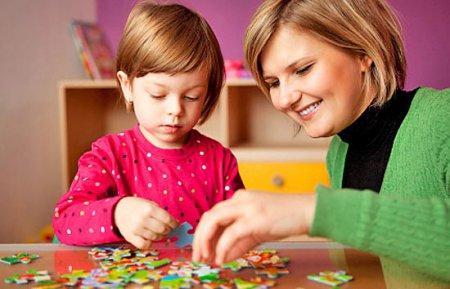 Розвиток дитини. Розвиваючі ігри для малюків до року.